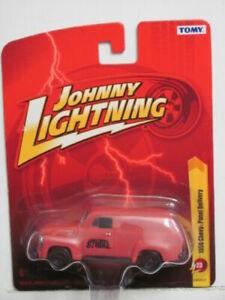 Johnny LIghtning LIGHTNING STRIKE 1950 Chevy Panel Delivery JL23 TOMY 1:64 RED