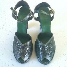 1940s Vintage green tooled leather ankle strap shoes 7