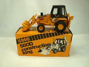 vintage Case 580D Backhoe  1/35  Conrad #2931 mint in box made in West Germany