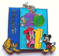 Disney Pin Badge 2011 Logo Fab 5 - Mickey Minnie Pluto Goofy & Donald Hong Kong