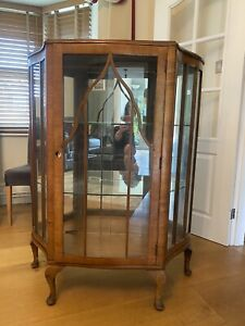 Mid Century Retro/Vintage glass fronted display/gin/cocktail cabinet