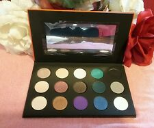 Makeup Forever-15 Artist Eyeshadow Palette - 0.06 Oz Each Shade