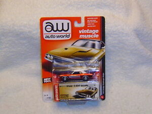 AUTO WORLD VINTAGE MUSCLE ULTRA RED CHASE 1973 DODGE CHALLENGER RALLYE
