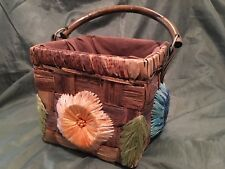 VINTAGE STRAW PURSE FLORAL SQUARE WITH FLOWERS