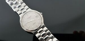 Longines Conquest Gents Stainless Steel Bracelet Watch with Sapphire Crystal.