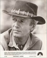 PF Crocodile Dundee ( Paul Hogan )
