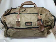 Totes Inc Large Duffle Bag Double Zipper Nylon RN 22605 Olive Green Strap Pocket