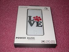 Que Design QUE-5000 Dual 2.4A USB Port 5000mAh Power Bank AC-DC input Paw Love