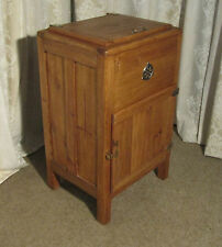 Pine Rustic Victorian Cabinets (1837-1901)