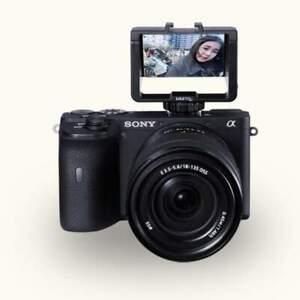 UURig R031 Selfies Mirrorless Camera Flip Screen with 3 Cold Shoe Mounts