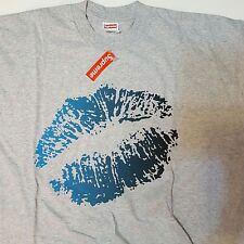 Supreme Box Gray Kiss Tee T-shirt Sz XL Brand New 2003