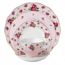 Royal Albert New Country Roses Pink Vintage 20 Piece Dinner Set - RRP $1036.00