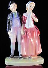"""Royal Doulton Figurine """"A 'Courting"""" Hn2004"""