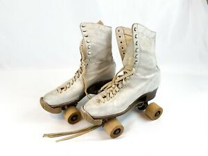 Vintage Betty Lytle Chicago Skate Co ROLLER SKATES,Wood Wheels, Toe Bumpers