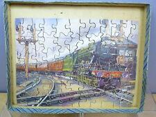 """Vintage Victoire Modèle No. L & N.E. RLY. """"Flying Scotsman wooden jigsaw VN En parfait état, dans sa boîte"""