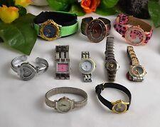 Elegante Armbanduhren aus Edelstahl mit Kunstleder-Armband
