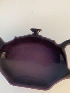 Le Creuset Cassis Tea Bag Holder