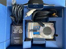 Panasonic LUMIX DMC-TZ3 Digital Camera (For Parts Only), Battery, Camera