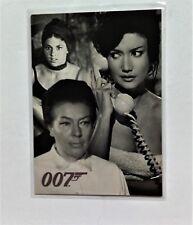 James Bond Quotable Villains & Vixens Chase Card UK3
