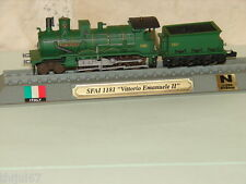 DELPRADO COLLECTION LOCOMOTIVE VAPEUR ITALIE  SFAI 1182  + SOCLE ECH. N  1/160