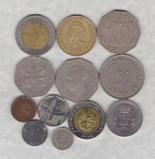 12 Mezclados monedas mundiales en buenas condiciones bien o mejor