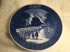 """Plate 1973 Royal Copenhagen """"Going Home for Christmas"""" Collectible Train Plate"""