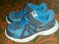 Boys Blue Nike Revolution 2 Trainers Shoes Uk Size 11