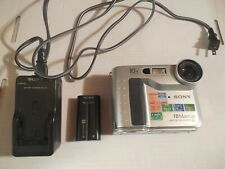 Sony FD Mavica Digital MVC-FD75 Still Camera with Battery and Charger
