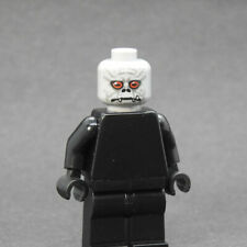 Custom Star Wars minifigures Trandoshan head v2 on lego bricks