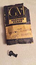 58-61 CHEVY IMPALA 348 NOS TRI-POWER ROCHESTER CENTER CARBURETOR LINKAGE CLIP