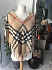 Poncho cape BURBERRY laine merinos et cachemire bon etat