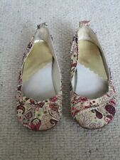 HUSH PUPPIES UK SIZE 3 JANESSA CREAM WITH BURGUNDY FLORAL PATTERN FLAT FREE POST