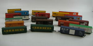 Mixed Lot of 20 HO SCALE Freight Cars & Box Cars -  Refrigerator, Sliding Door G