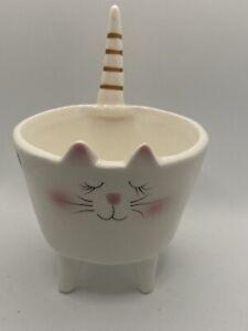 "Pier 1 Sleepy Kitty Cat with Pointy Tail -Ceramic Planter White Glossy 4""x4"" Pot"