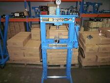 SHOP PRESS 20T AIR /HYDRAULIC PUMP, RAM & GAUGE, NEW WIDER BODY 150mm (SP20AH)