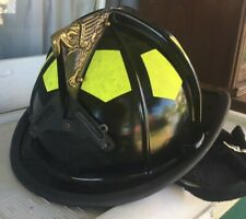Bullard  UST Black Traditional Fire Helmet Great Condition
