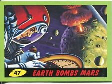 Mars Attacks Heritage Green Parallel Base Card #47    Earth Bombs Mars