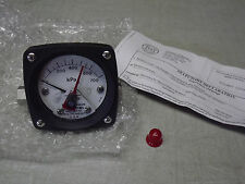 "Mid-West Instrument 0-700 kPa (0-100Psi) Model 120SA-00-MO 2-1/2"" SS 1/4""in New"