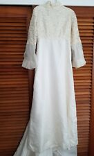 Vintage Handmade Wedding Dress With Veil  & Detachable Train Beautiful Size 0-2