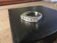 Wundervoller 925 Sterling Silber Ring Designer Modern Zirkonia funkelnd Super