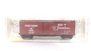 MTL Micro Trains N UP Union Pacific 40' Wood Box Car Vertical Brake Wheel 39010