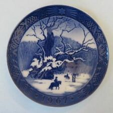 Royal Copenhagen Christmas plate, 1967, The Royal Oak