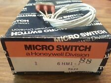 HONEYWELL MicoSwitch  6HM1-1 SPDT Hermetically Sealed INTEGRAL LEVER 4A 115V