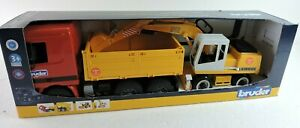 BRUDER Retired Red Yellow Dump Truck + Excavator Liebherr 912 1:16 Scale New