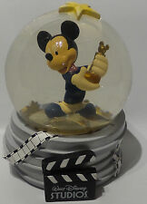 DISNEY : MICKEY MOUSE SNOW GLOBE - HOLDING AN AWARD (SK)