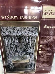 Waverly Ivy Lane Drapery Set with Tiebacks and Balloon Valance NEW *see details