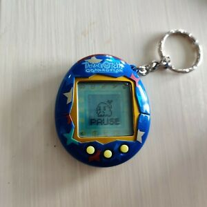Tamagotchi Connection v2 - Blue With Stars. Tested & Working!