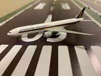 Phoenix Models 1:400 Singapore Airlines Boeing B777-300(ER) 9V-SNC