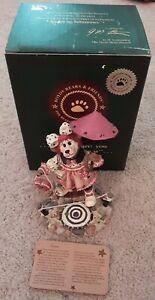 Boyd's Bears Gussie Life is a Balancing Act 2000 Figurine Clown Bear w/ Box