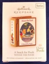 Hallmark 2009 A SNACK FOR POOH Winnie the Pooh Disney #12 Series Classic Pooh